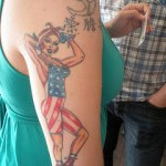 tatouage femme américain bras couleur