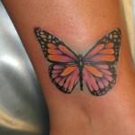 tatouage cheville femme papillon couleur