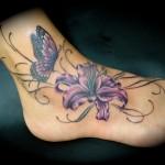 tatouage cheville femme papillon lys