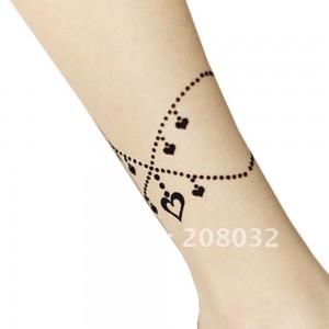 tatouage effet chaine cheville femme