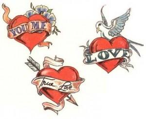 tatouage femme flash coeur