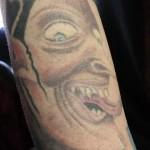 tatouage-femme-macabre-gore-5