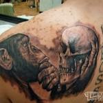 tatouage-femme-macabre-gore-8