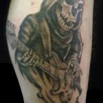 tatouage-femme-macabre-gore-9