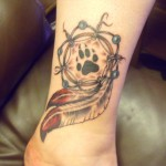 tatouage femme poignet indien