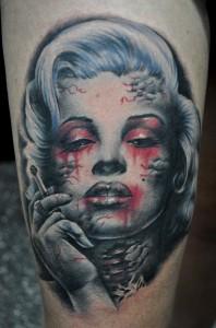 tatouage marilyn monroe macabre