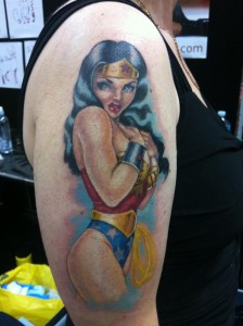 tatouage wonder woman