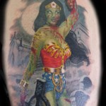 tatouage wonder woman gore