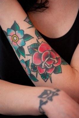 Tatouage Femme Bras Fleur