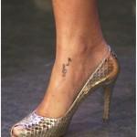 tatouage femme discret cheville