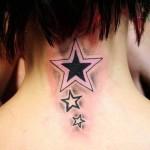 tatouage femme nuque etoile